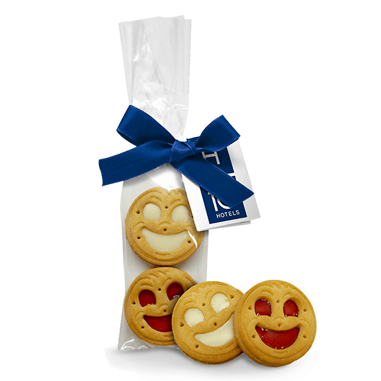 Ribbon bag with smile cookies
