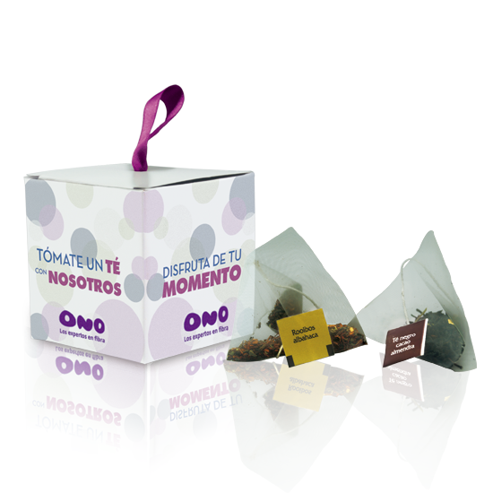 Pyramidal tea bag in cube box